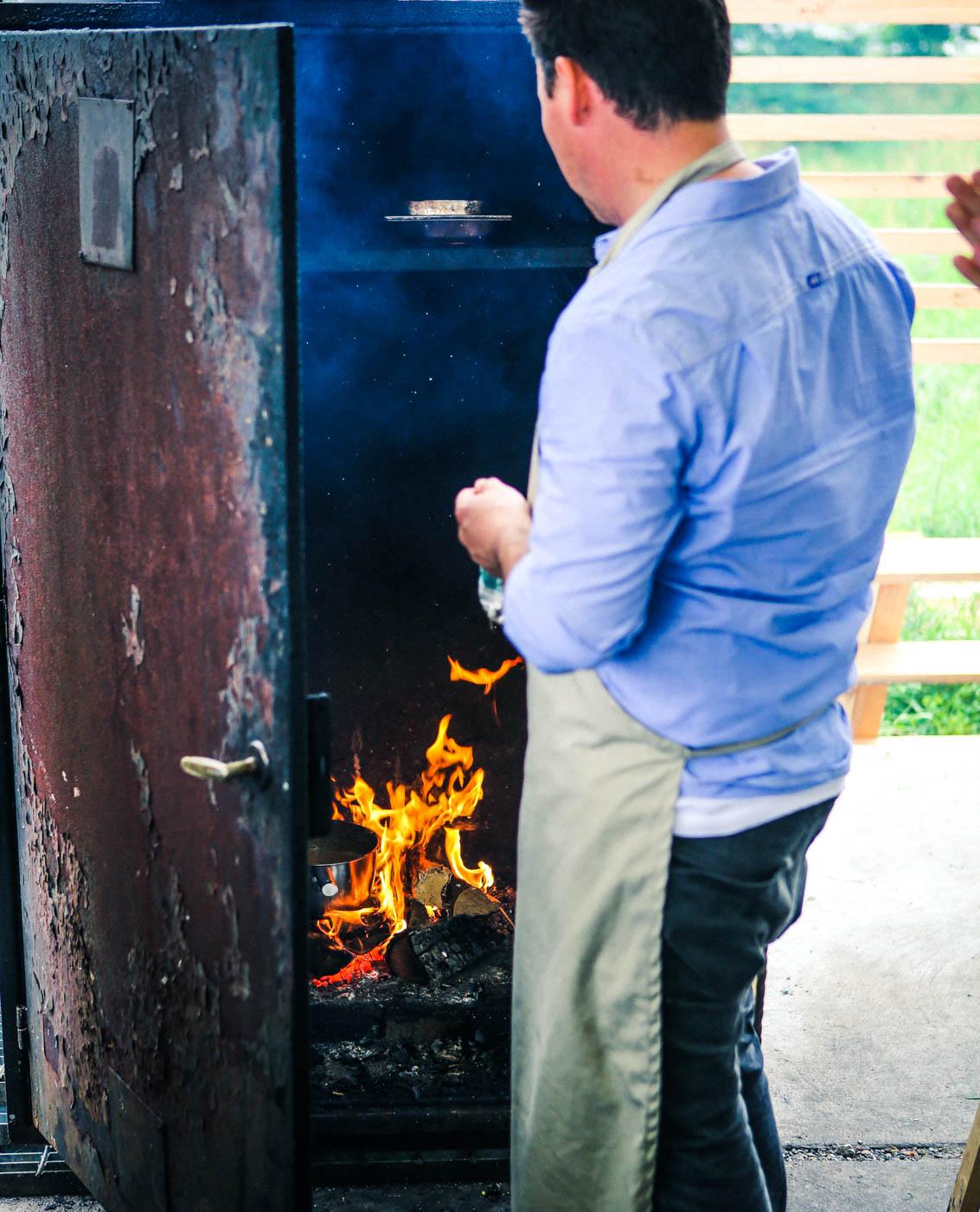 Full fart i röken Hörte Brygga i södra skåne